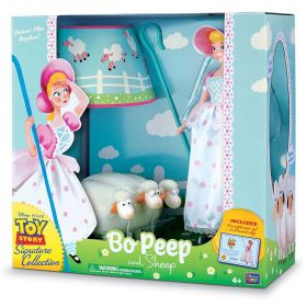 Toy Story 4 Signature Collection Bo Peep and Sheep Figurine